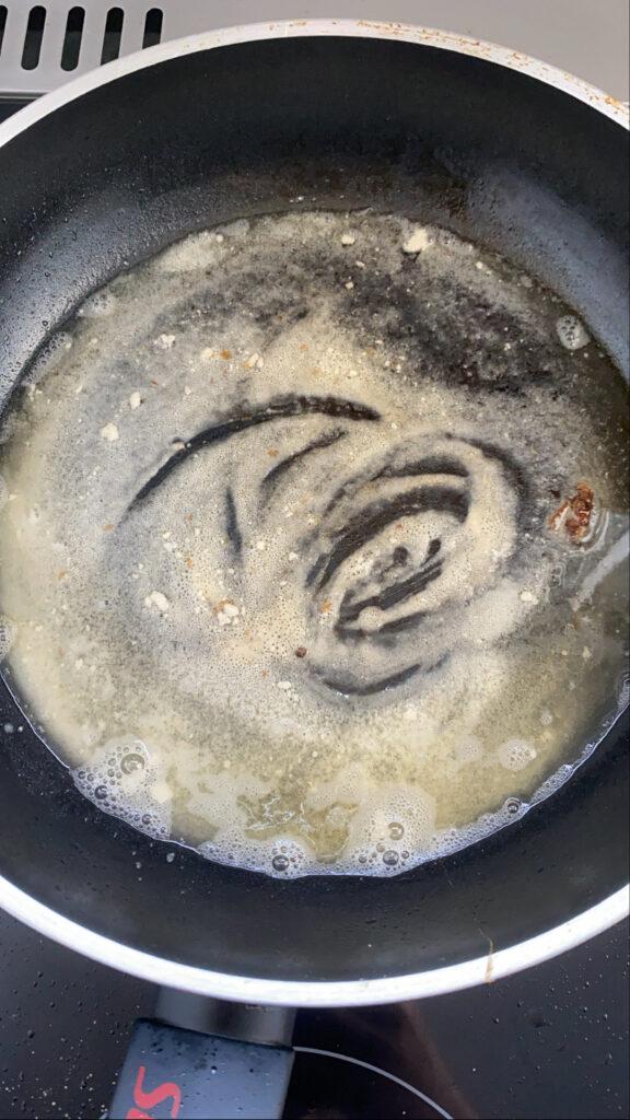 Kartoffelbrei mit Senfsauce und Ei
