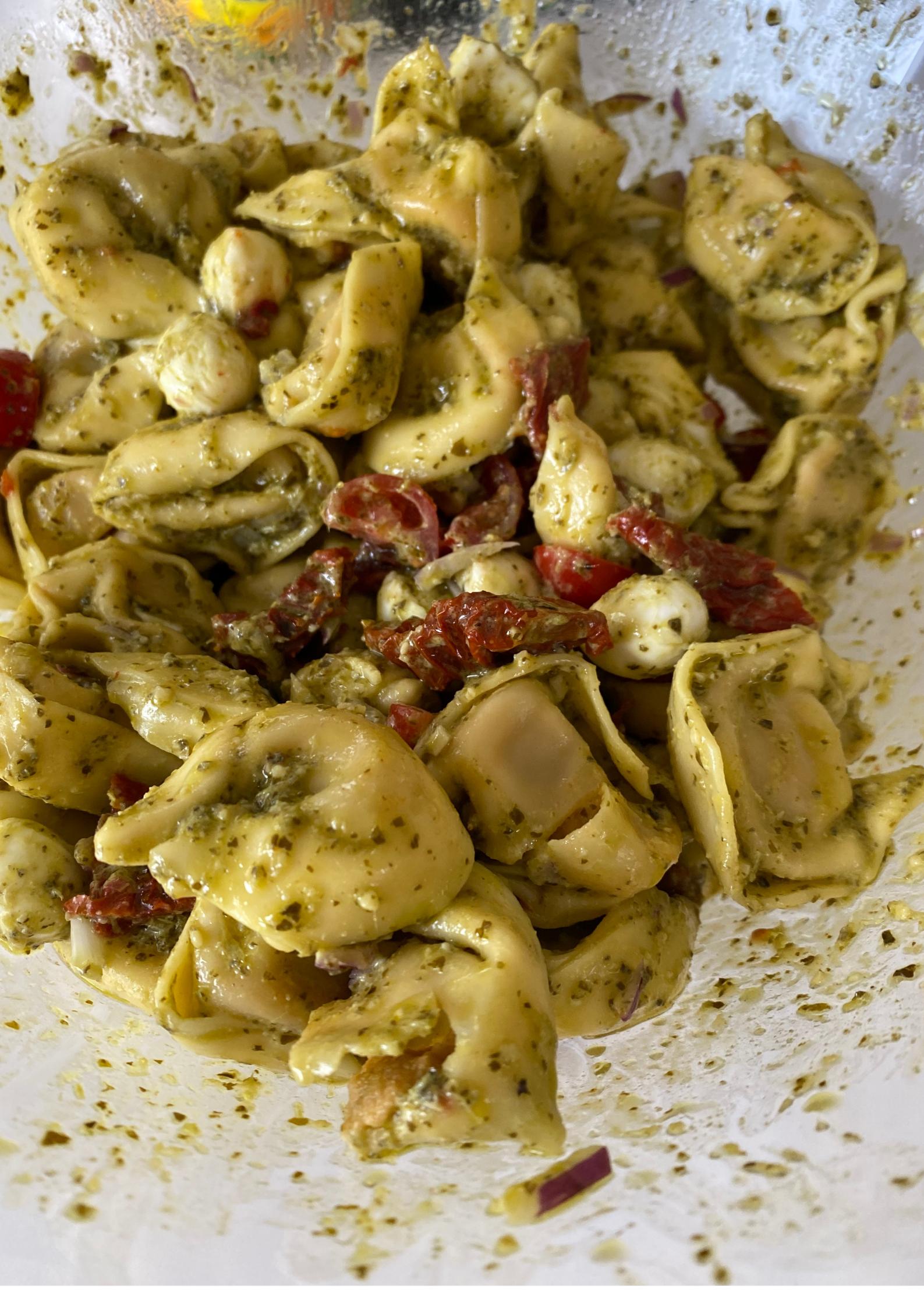 Pesto Tortellinisalat
